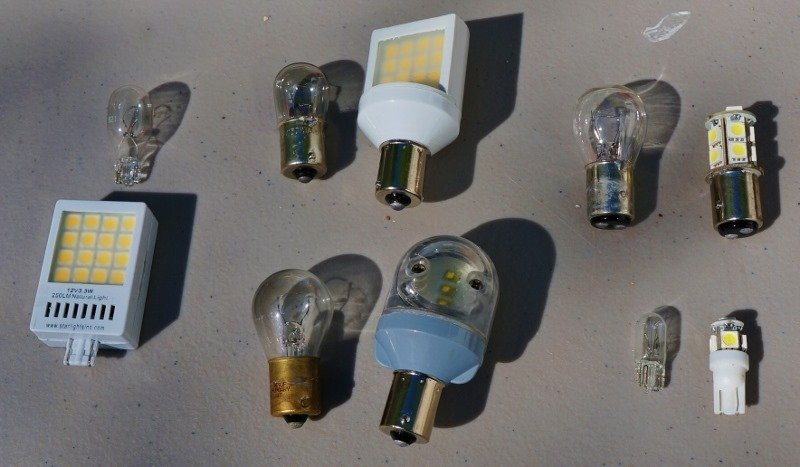 Install and Review of StarLights LED lamps for the RV:LED Replacement Bulbs,Lighting