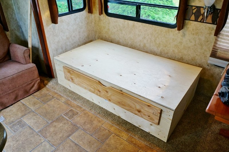 RV daybed rough draft