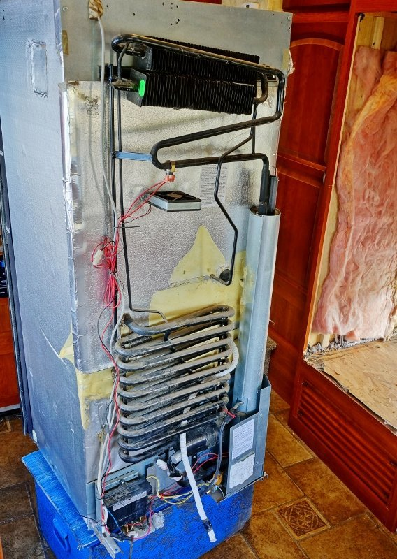 Replacing My Noisy Dometic Dm2652 Rv Fridge Fan