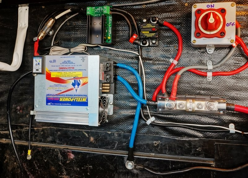 Inteli-Power PD9260 converter charger installed