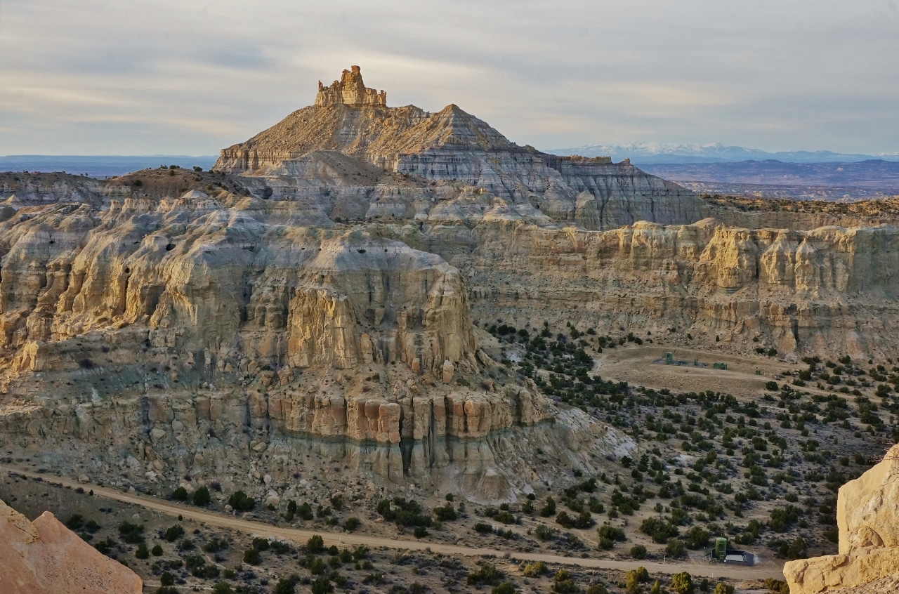 camping at angel peak scenic area in new mexico