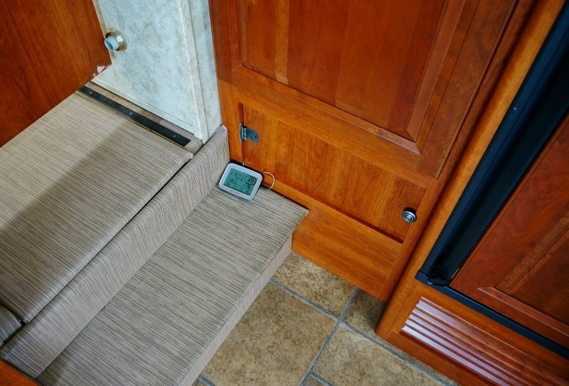 Water Heater Temperature Monitor on Stairs