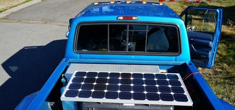 Remote solar panel mounted on truck tool chest
