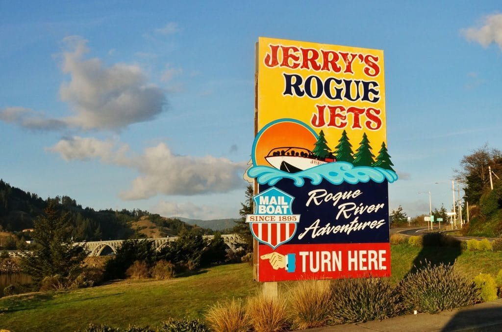 Rogue River Jet Boat Tours