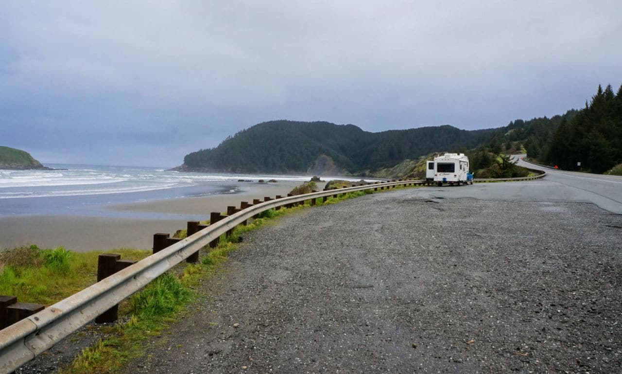 Pulled Over On Highway : Beautiful beachfront rving on the southern oregon coast