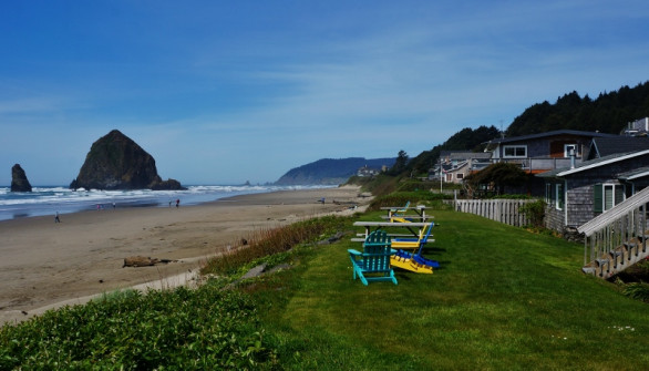 One of the many B&Bs along Cannon Beach