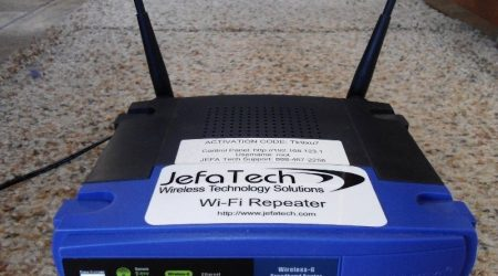 Jefatech Long Range WiFi Repeater Kit for RVs