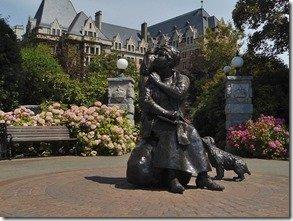 Emily Carr Statue