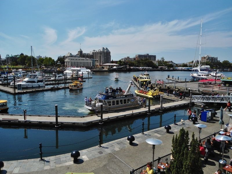 Victoria-BCs-Busy-Inner-Harbour
