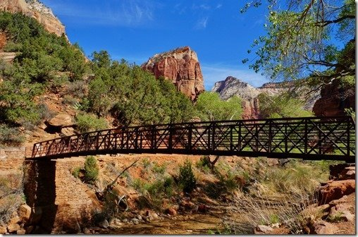 Grotto Bridge starts the Angels Landing Hike