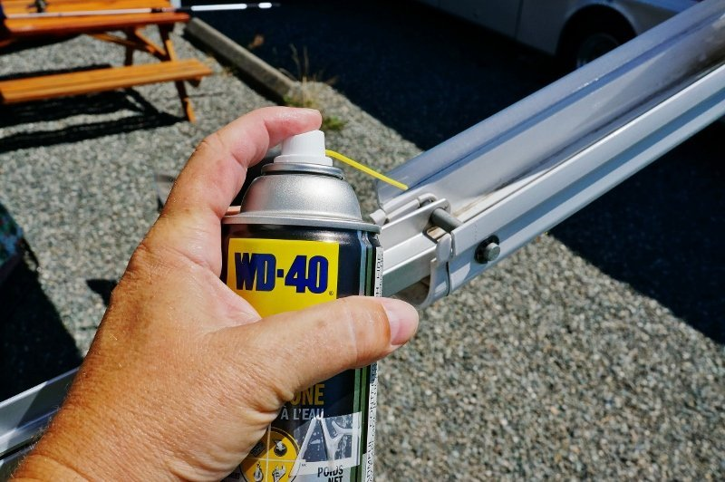 Lubricating the awning arm