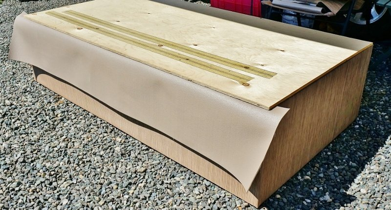 Adding Infinity LWV to daybed box