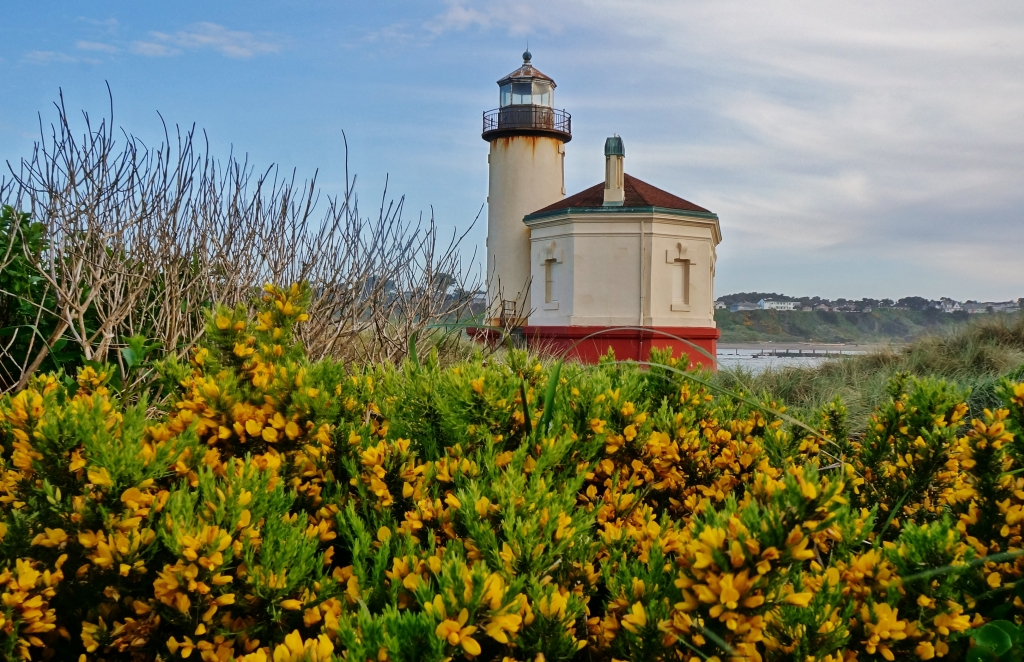 Coquille River Lighthouse at Bullards Beach SP