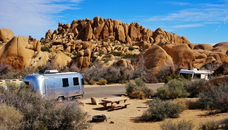Jumbo-Rocks campsite in Joshua Tree National Park
