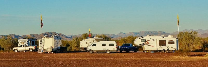 rv-happy-hour-meetup-quartzsite-az