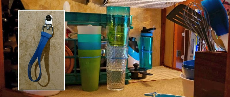 elastic-bands-holding-cups-in-place