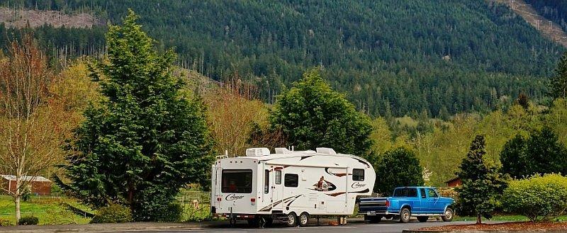 Our 2011 Keystone Cougar fifth wheel trailer model 276RLSWE