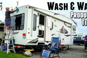 Wash and Waxing the RV Feature Photo