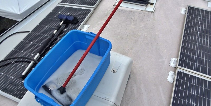 Cleaning the RV Roof