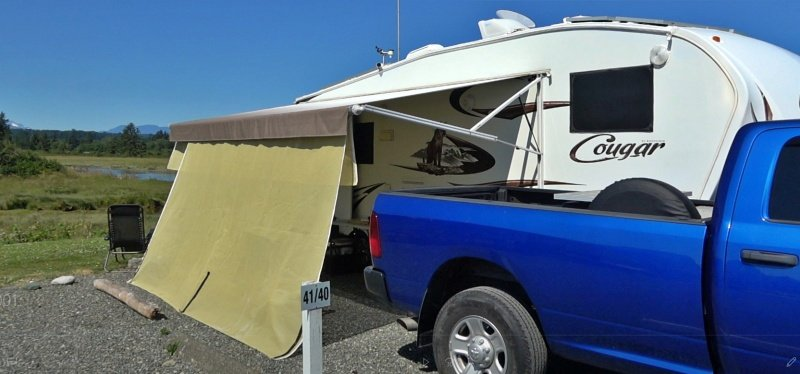 Awning Screen to Block Heat from RV Sidewall